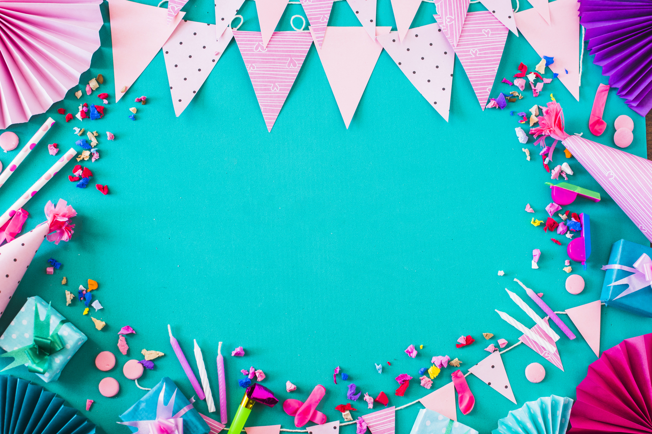Hang Quirky Banners
