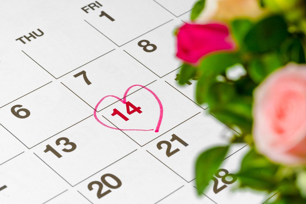 The wedding day on a calendar